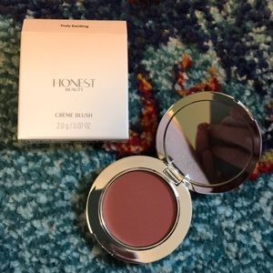 NWT Honest Creme Blush in Truly Exciting